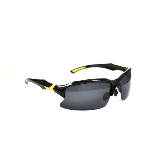 Stan Black on Yellow Sports Polarized